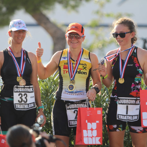 Triathlon Dubrovnik female medalists 2018