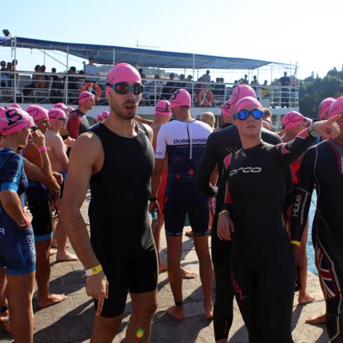 Triathlon Dubrovnik port Gruz swimmers pink 2018