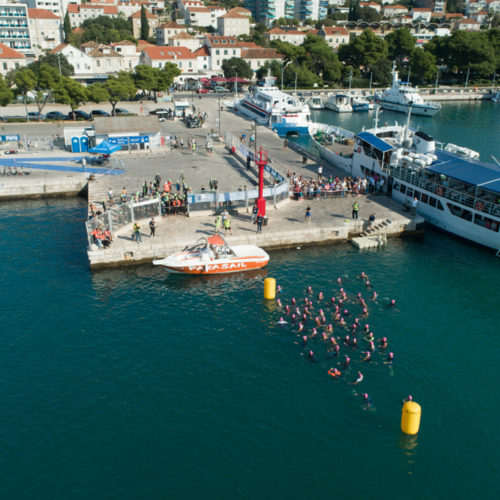 Triathlon Dubrovnik port Gruz swimmers startline 2018