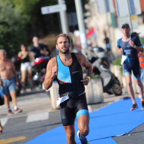 Triathlon Dubrovnik port run finishline 2018
