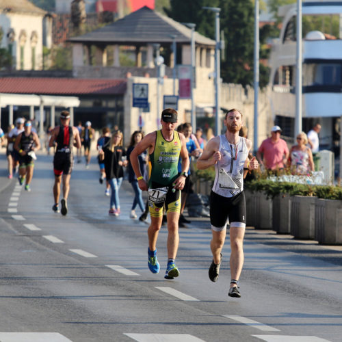 Triathlon Dubrovnik port runners 2018
